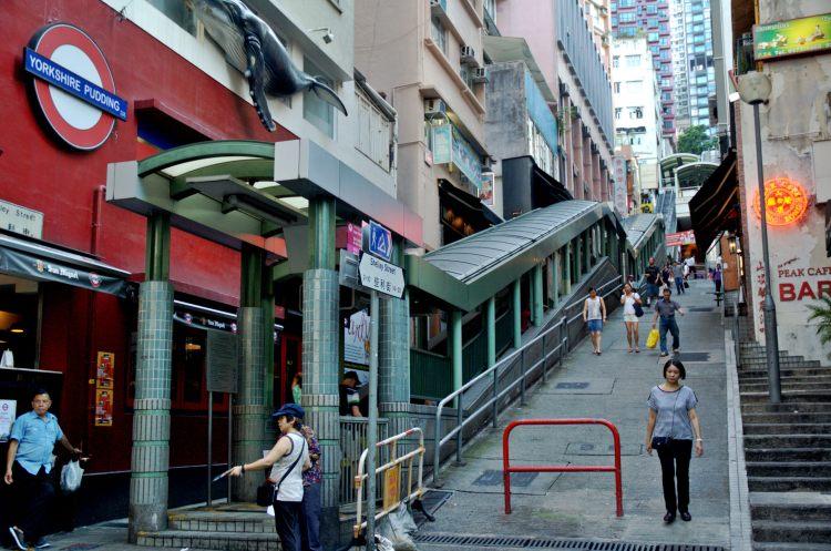 Central?Mid-Levels escalators @Hong Kong